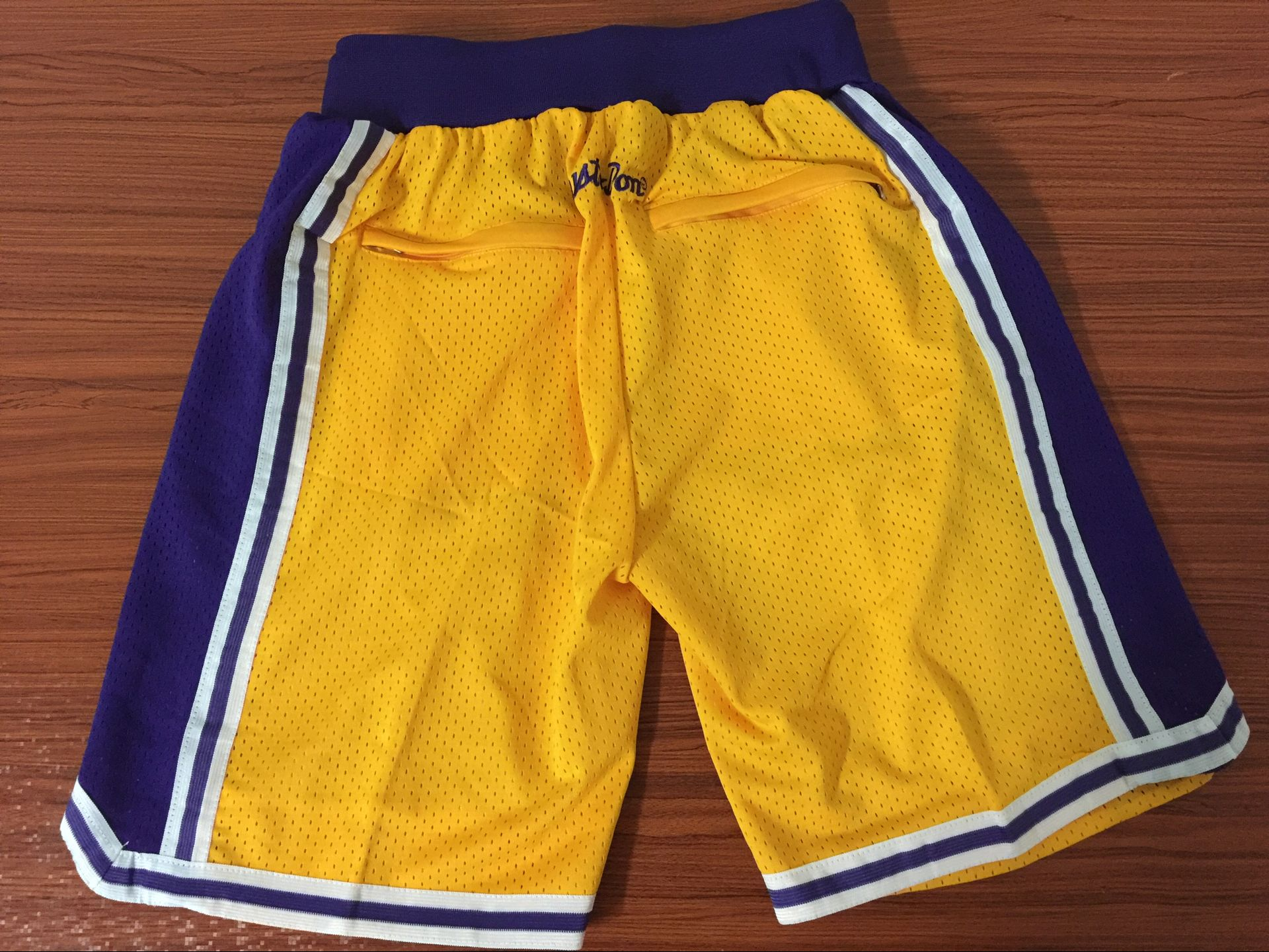 Pantalones LA Lakers (JUST DON)