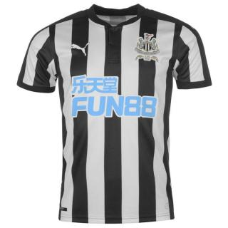 Newcastle United 1a Equipación 2017/18